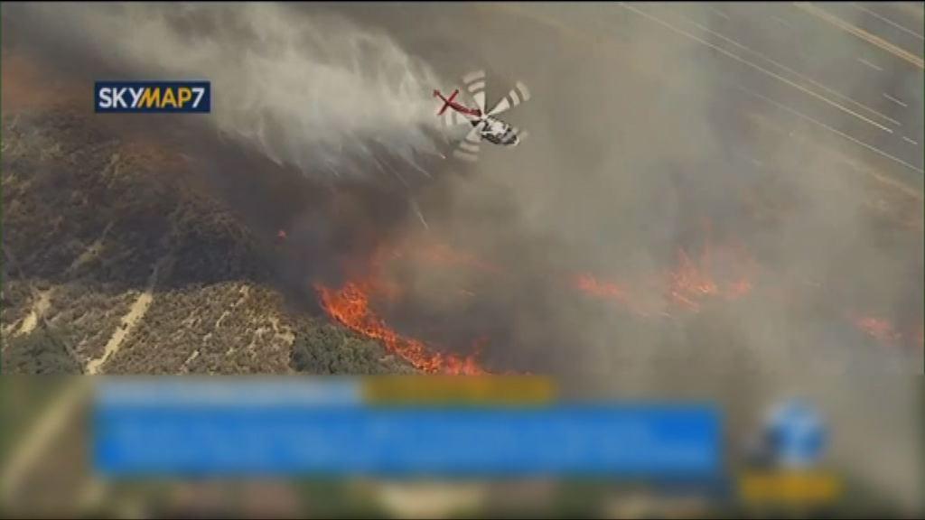 美國南加州公路車禍引發山火