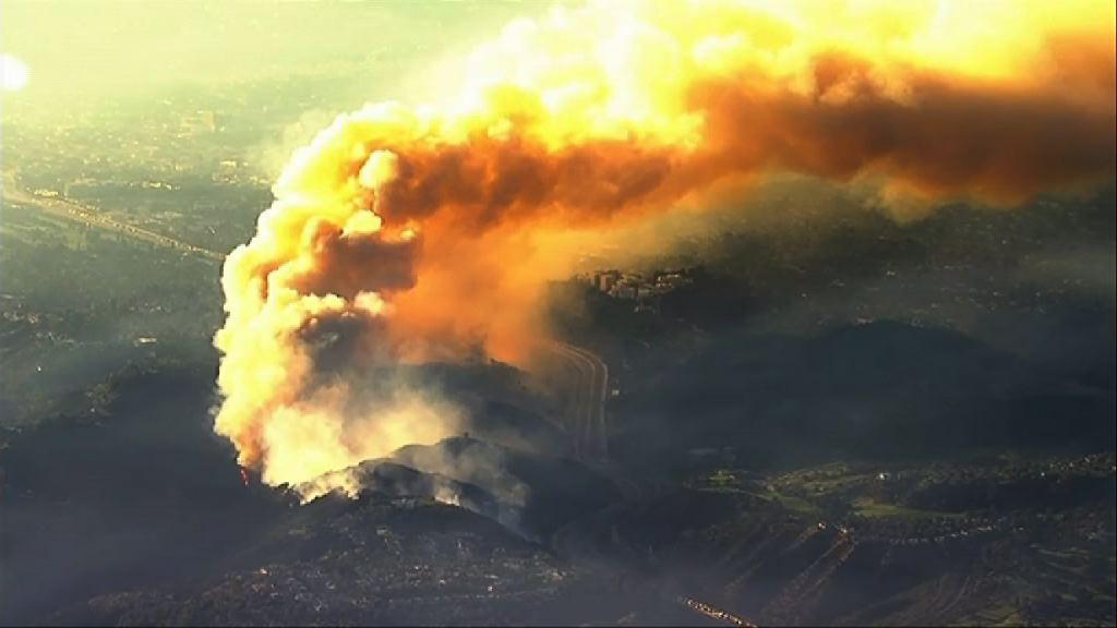 美國南加州山火持續近廿萬人疏散