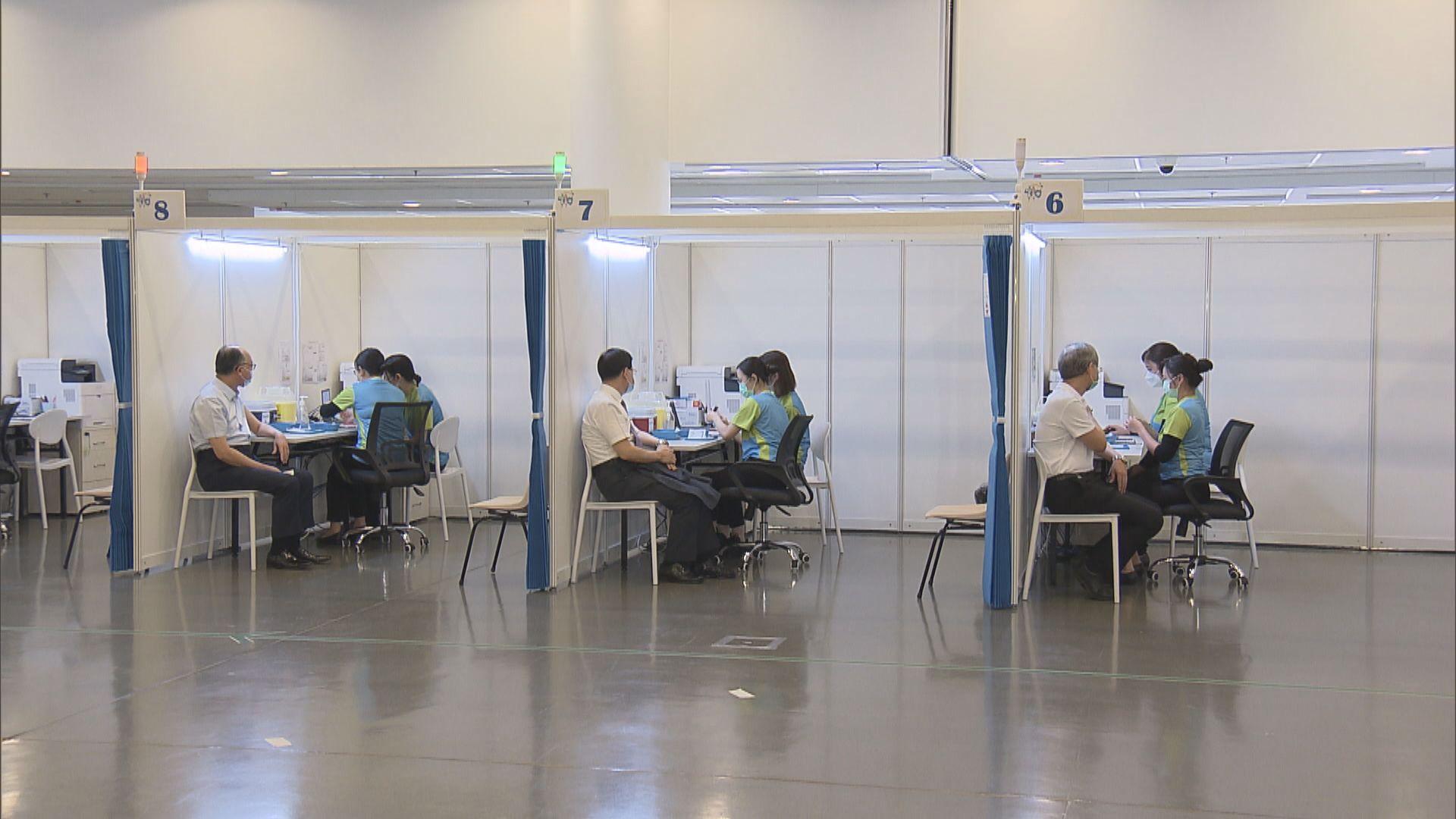 政府前線人員月底起可接種疫苗 否則定期檢測