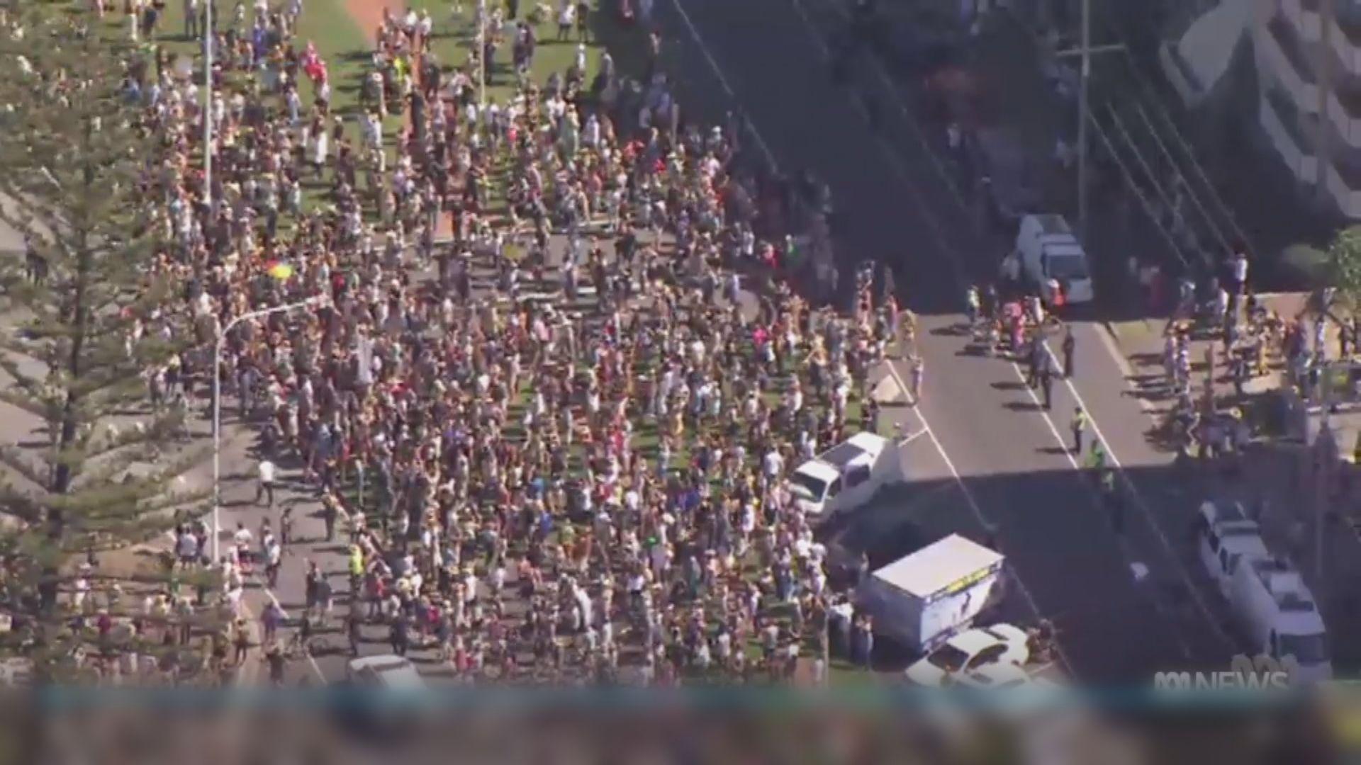 澳洲確診個案創新高 再有示威抗議封城措施