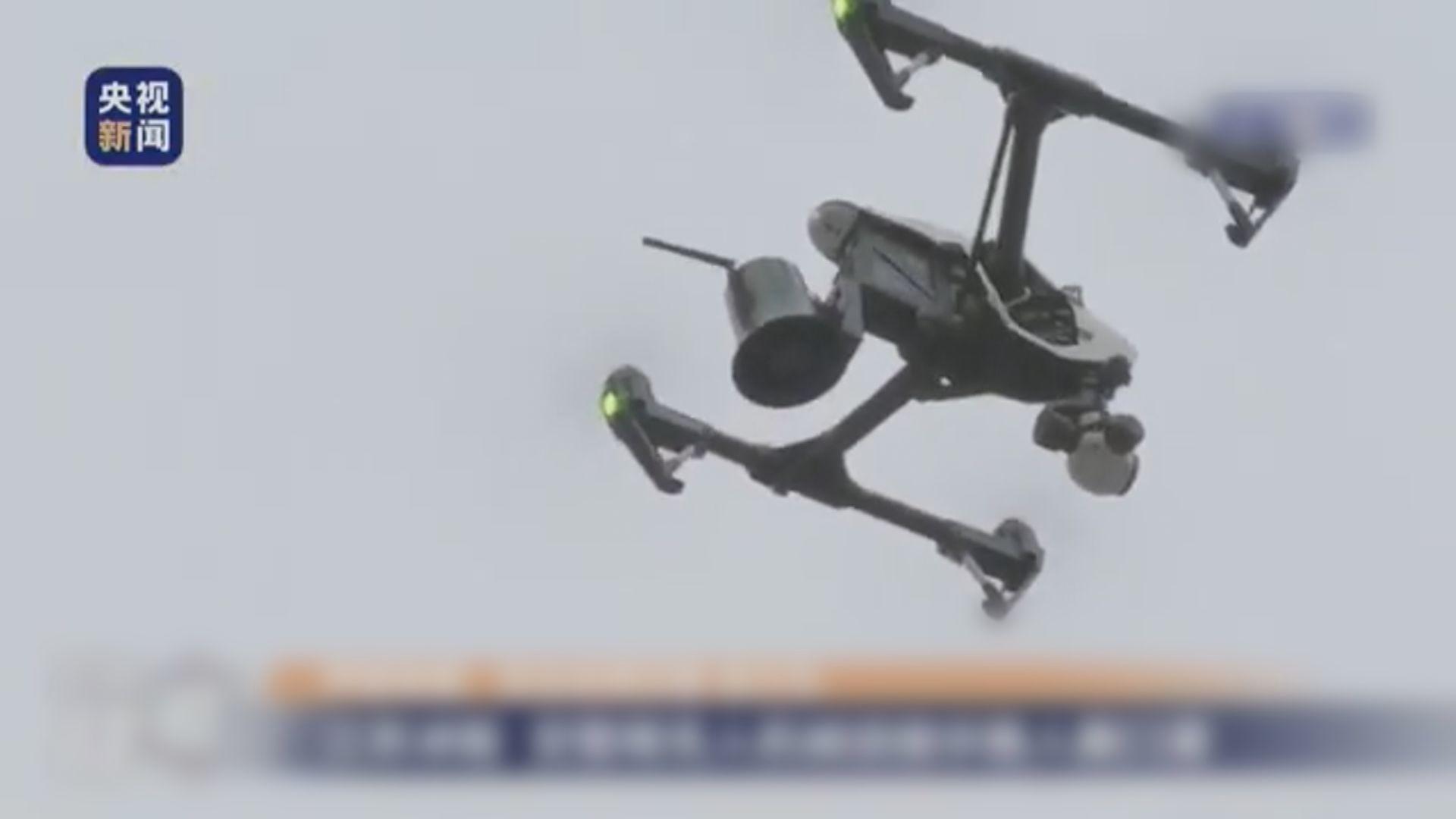 江蘇交警用無人機擴播呼籲民眾戴口罩