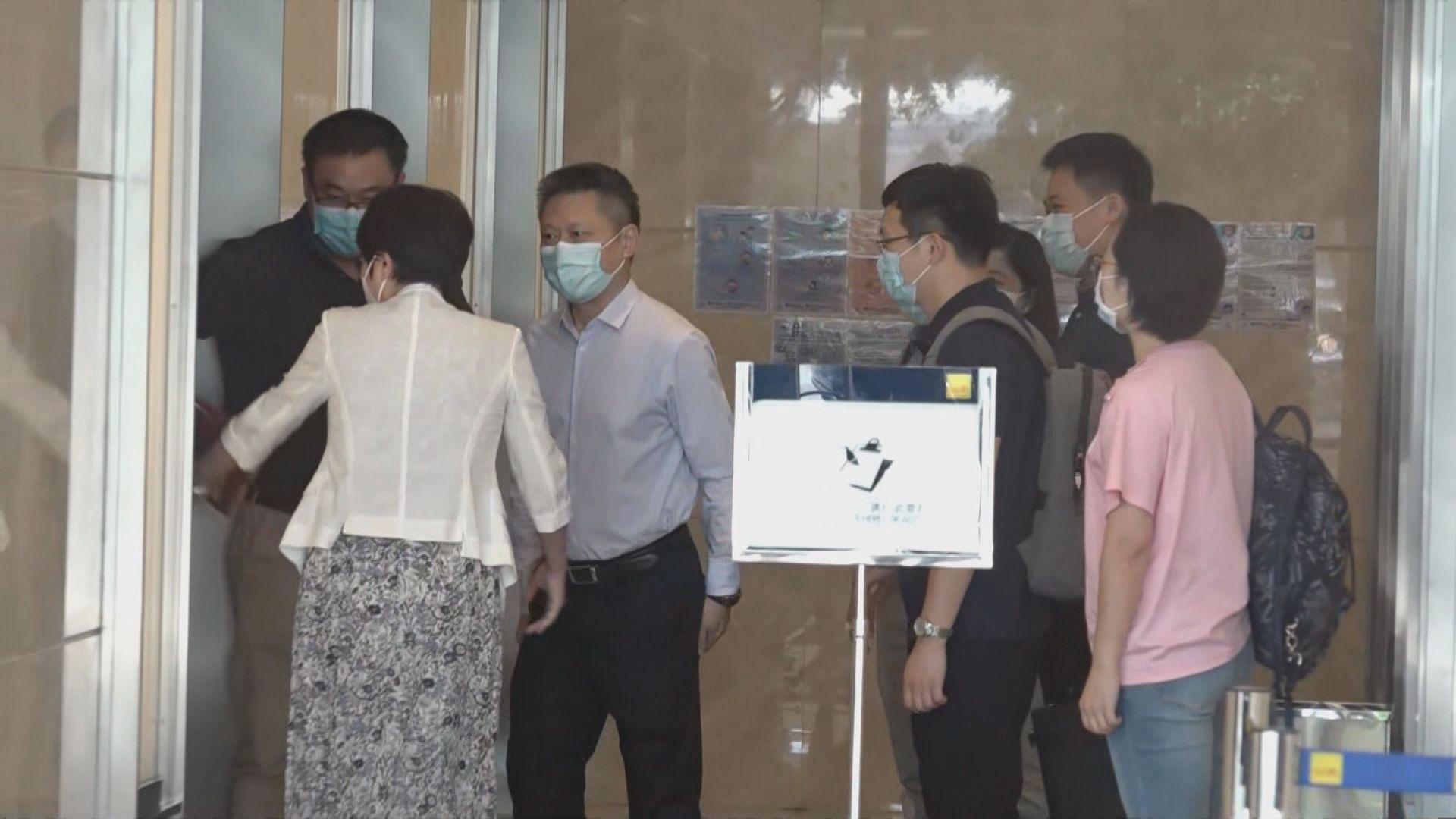 內地核酸檢測支援隊到金域檢驗視察