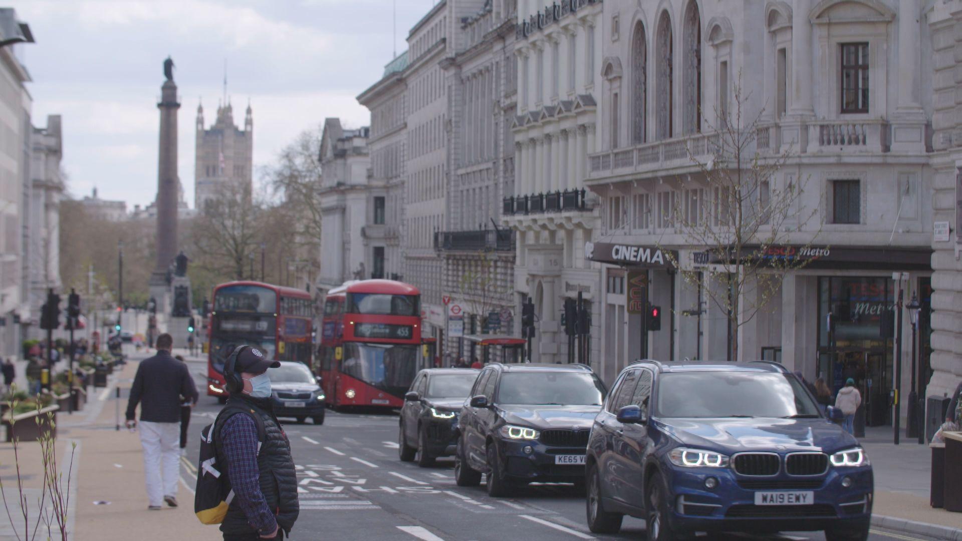 英國疫情續反彈 專家促加強防疫措施