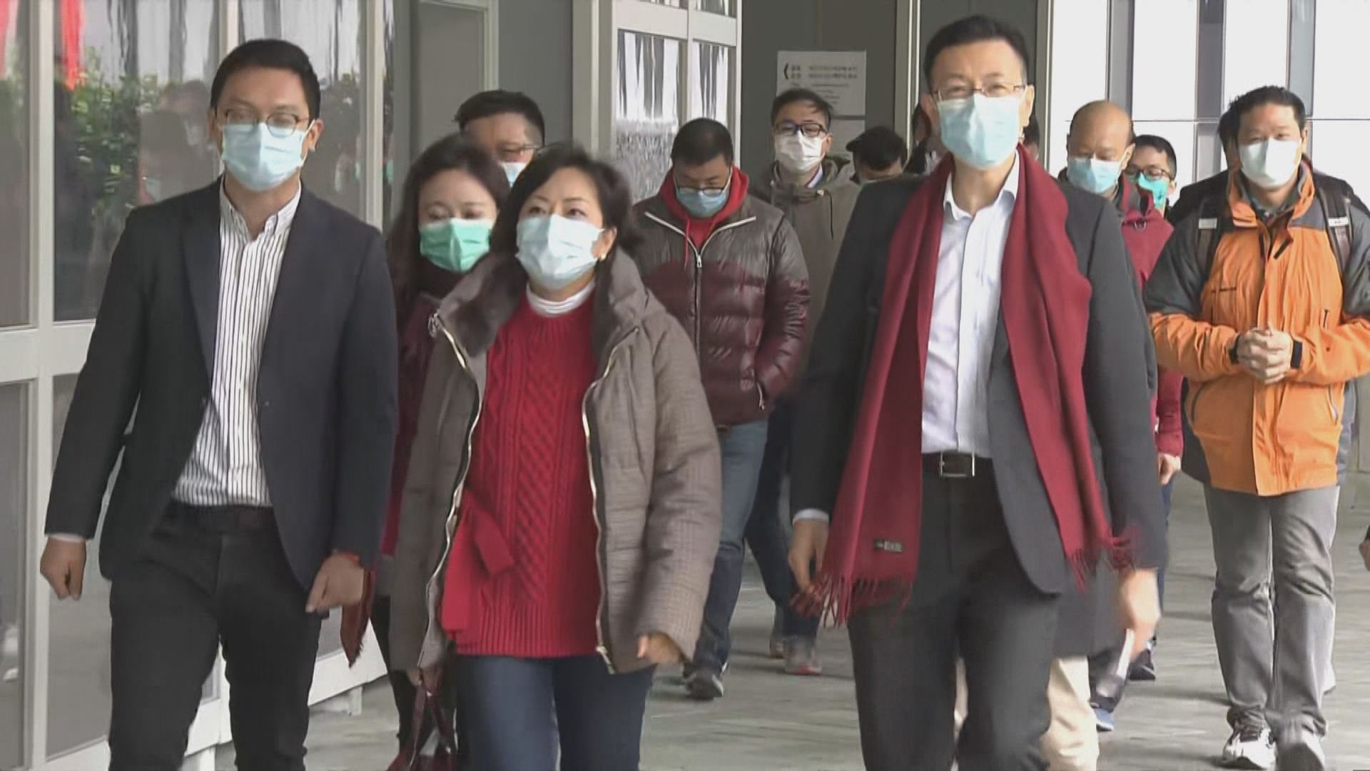 工聯會晤林鄭倡向港人派口罩及防疫用品