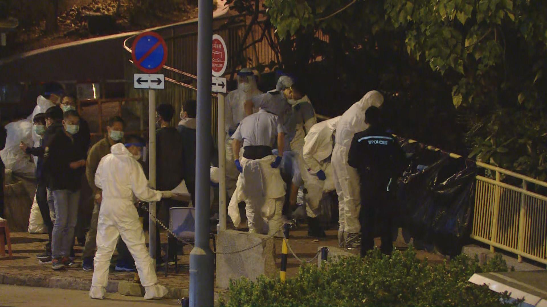 報道指警獲N95防護衣多於衞生署 政府指警隊人數最多按崗位及工作風險分配