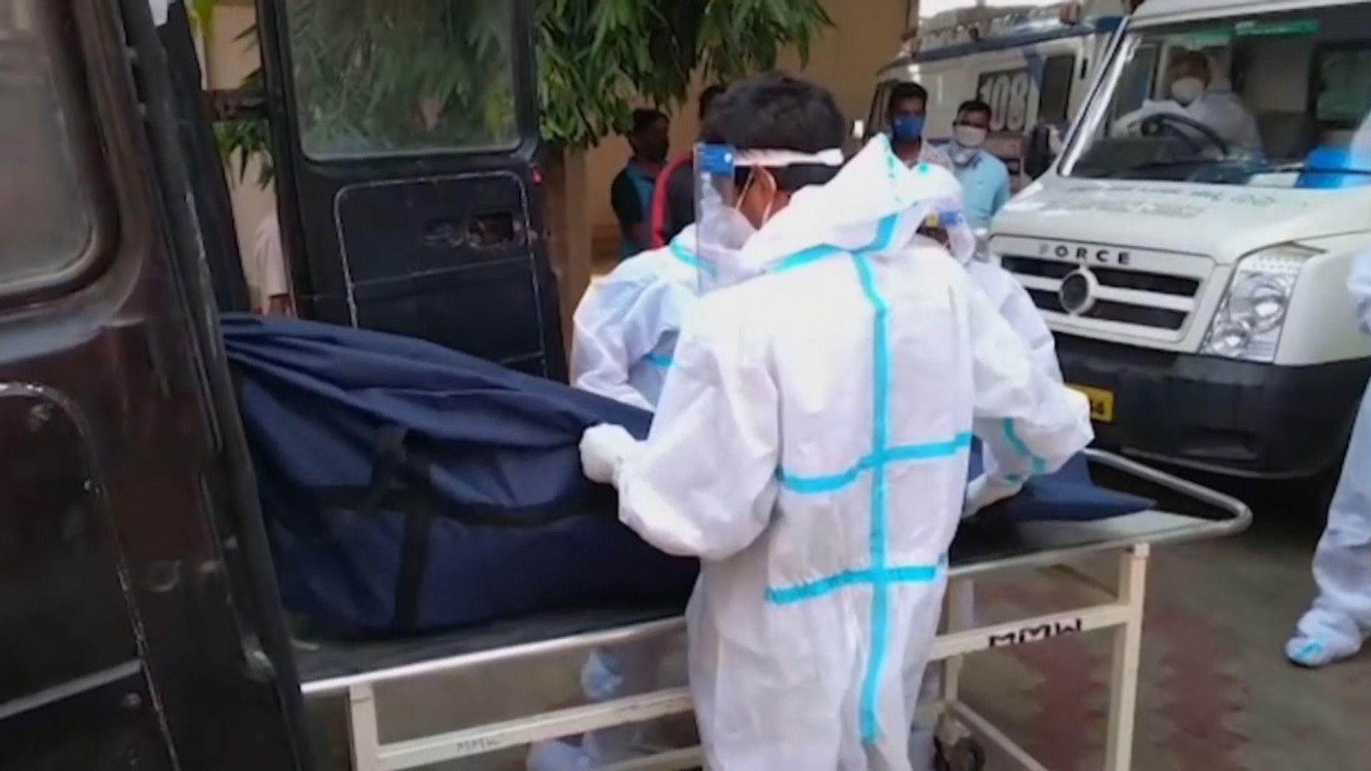 印度疫情持續 大量患者因氧氣不足死亡