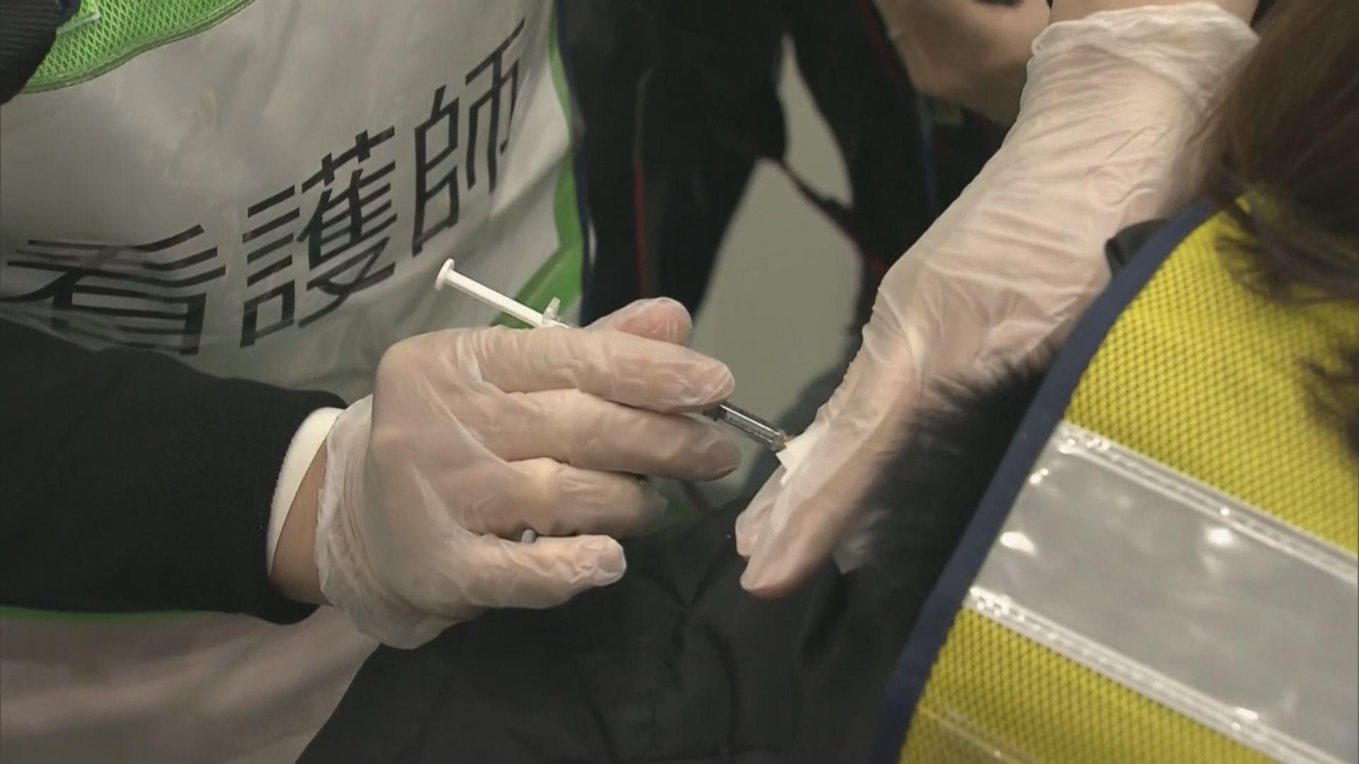 菅義偉:二月中展開新冠病毒疫苗接種