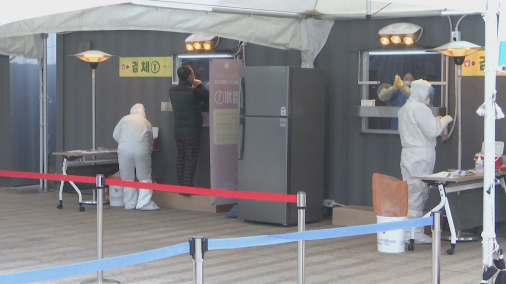 連續4日增逾千病例 南韓擬提升防疫級別至最高級
