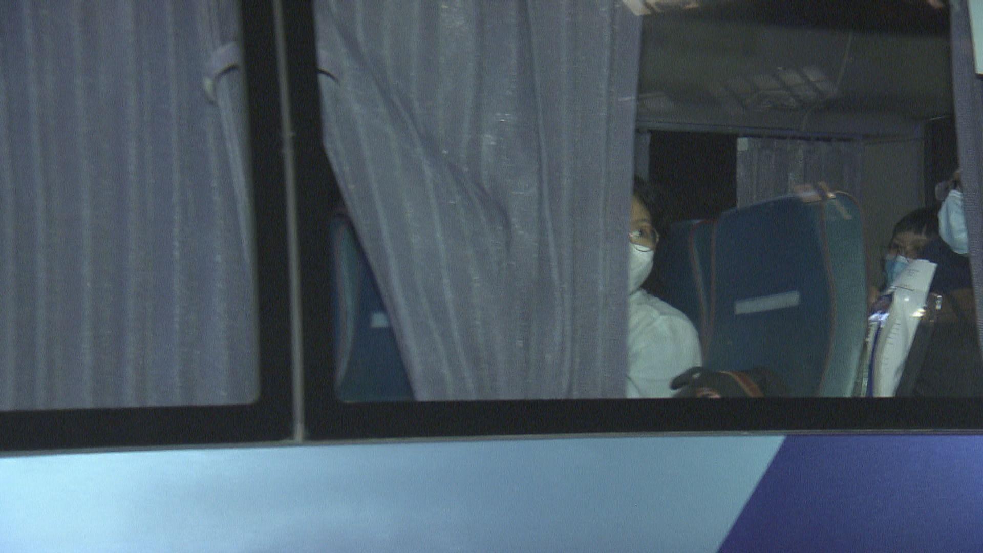 十名曾滯留機場旅客完成檢疫期 將被送回迪拜