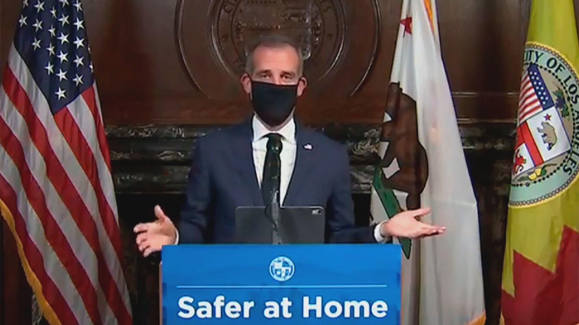 特朗普拒戴口罩 州長市長唱反調