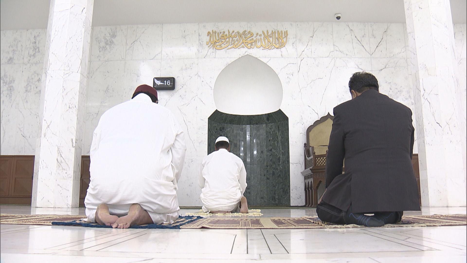 清真寺因應疫情關閉 影響穆斯林度過齋戒月