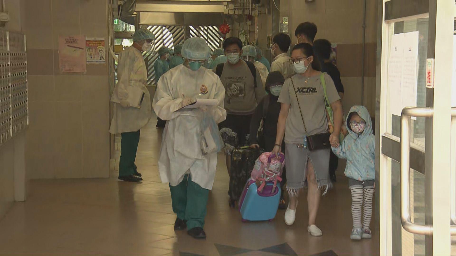 愛暉樓連續第二日有住户要撤離 累計過百户居民受影響