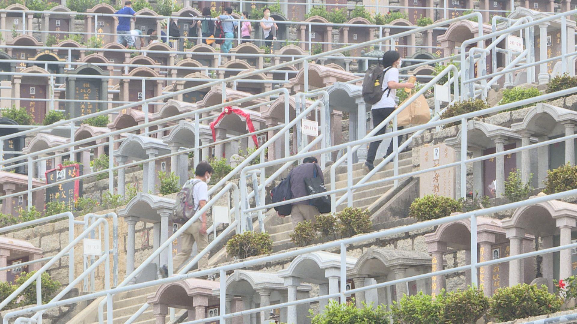 本港增13宗確診 3人本地感染為親戚