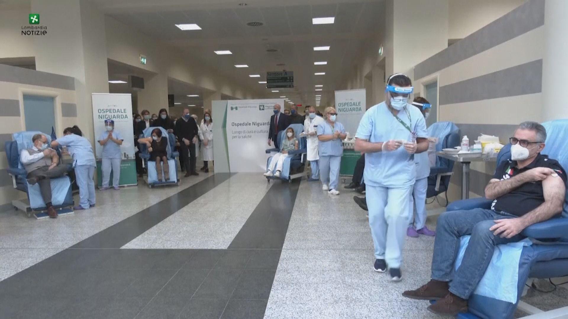 美國西班牙有護士接種疫苗後確診