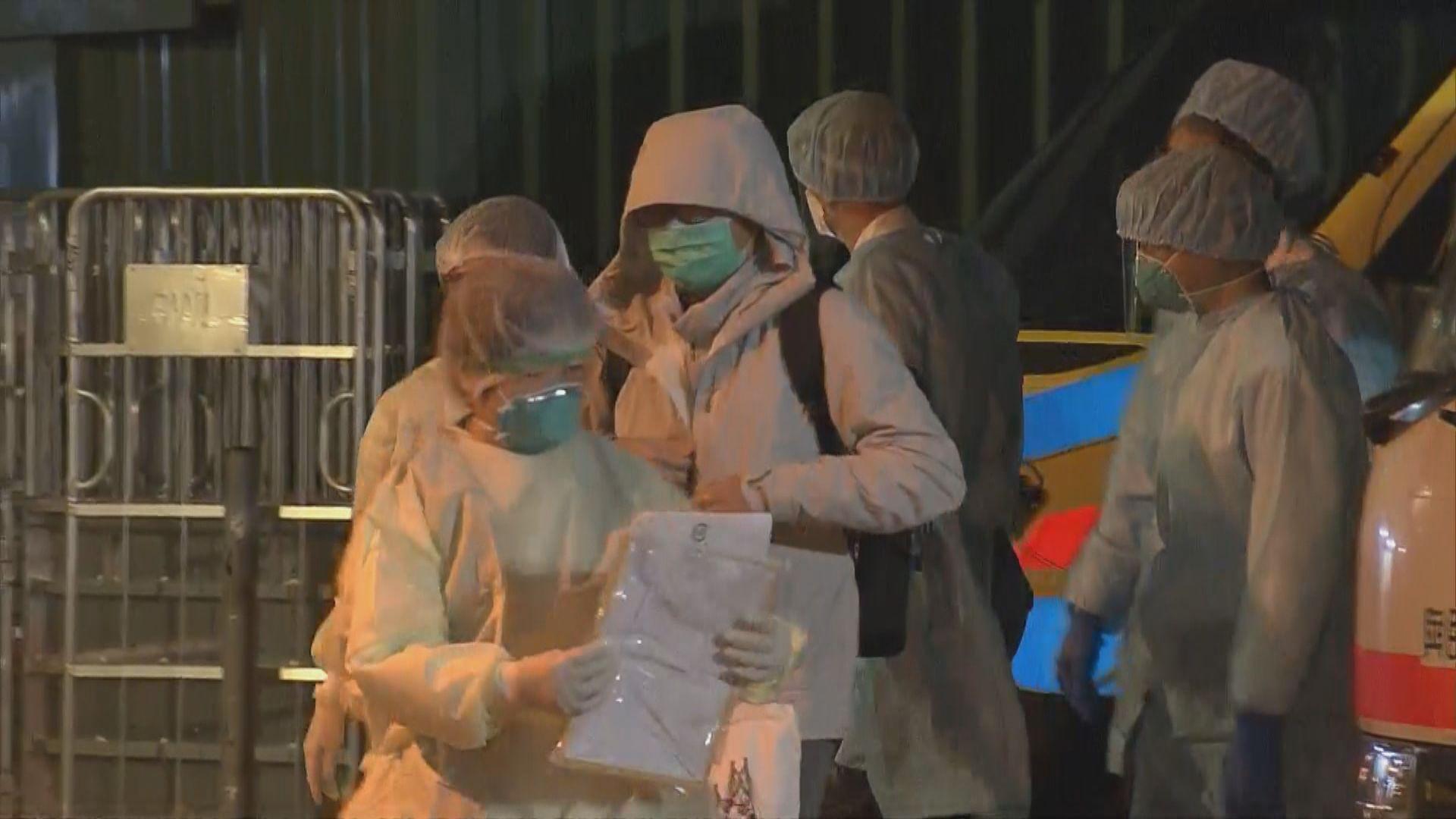 消息指四名返港的鑽石公主號乘客初步化驗對病毒呈陽性