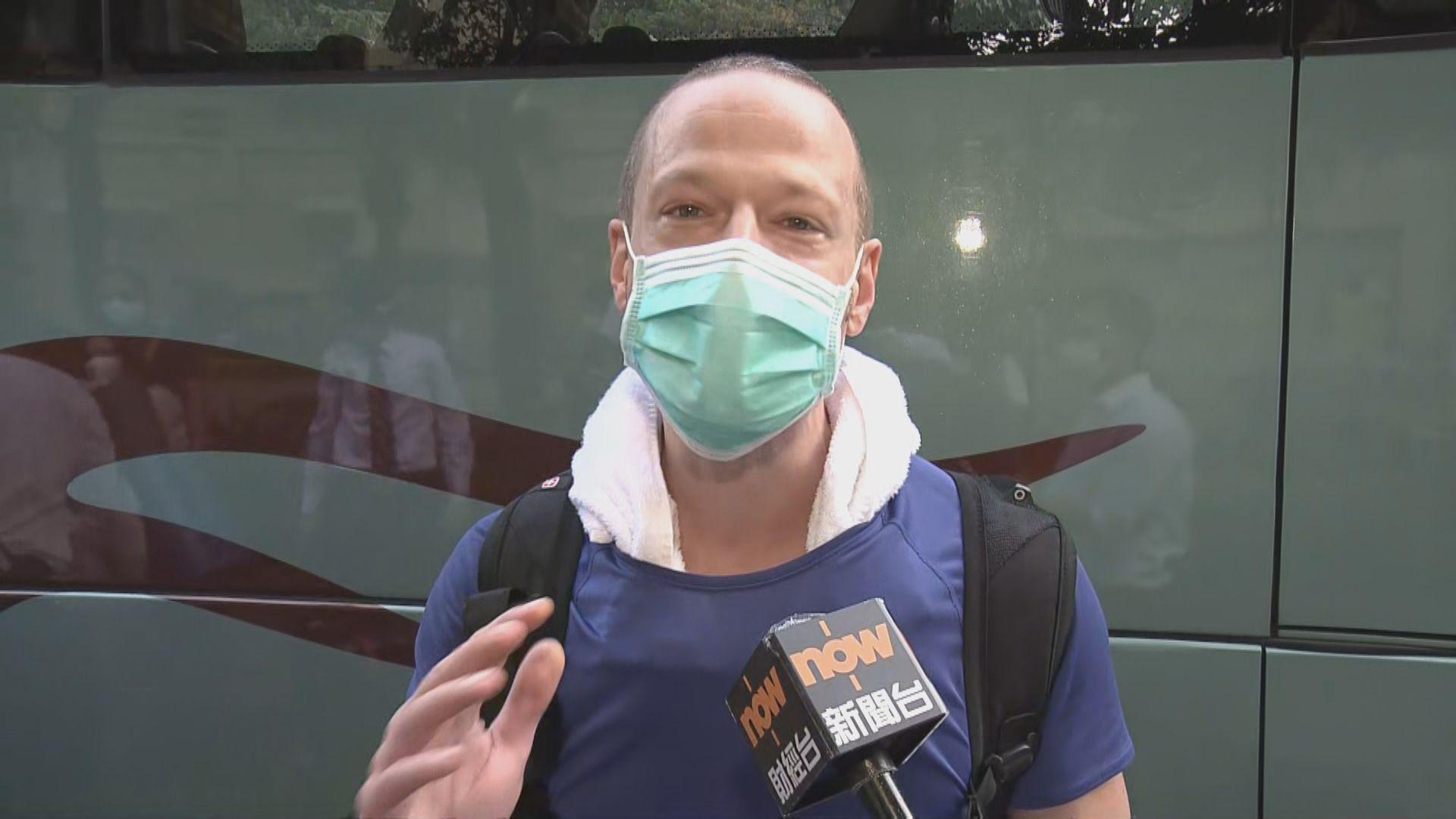 東涌映灣園檢疫居民不滿檢疫中心環境及欠缺支援