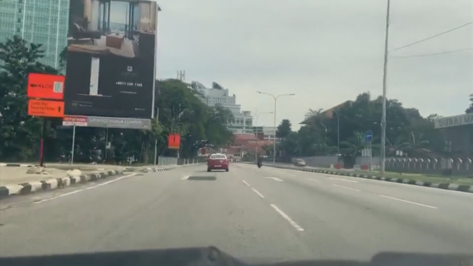 新加坡禁國民隨意外出遏制疫情蔓延