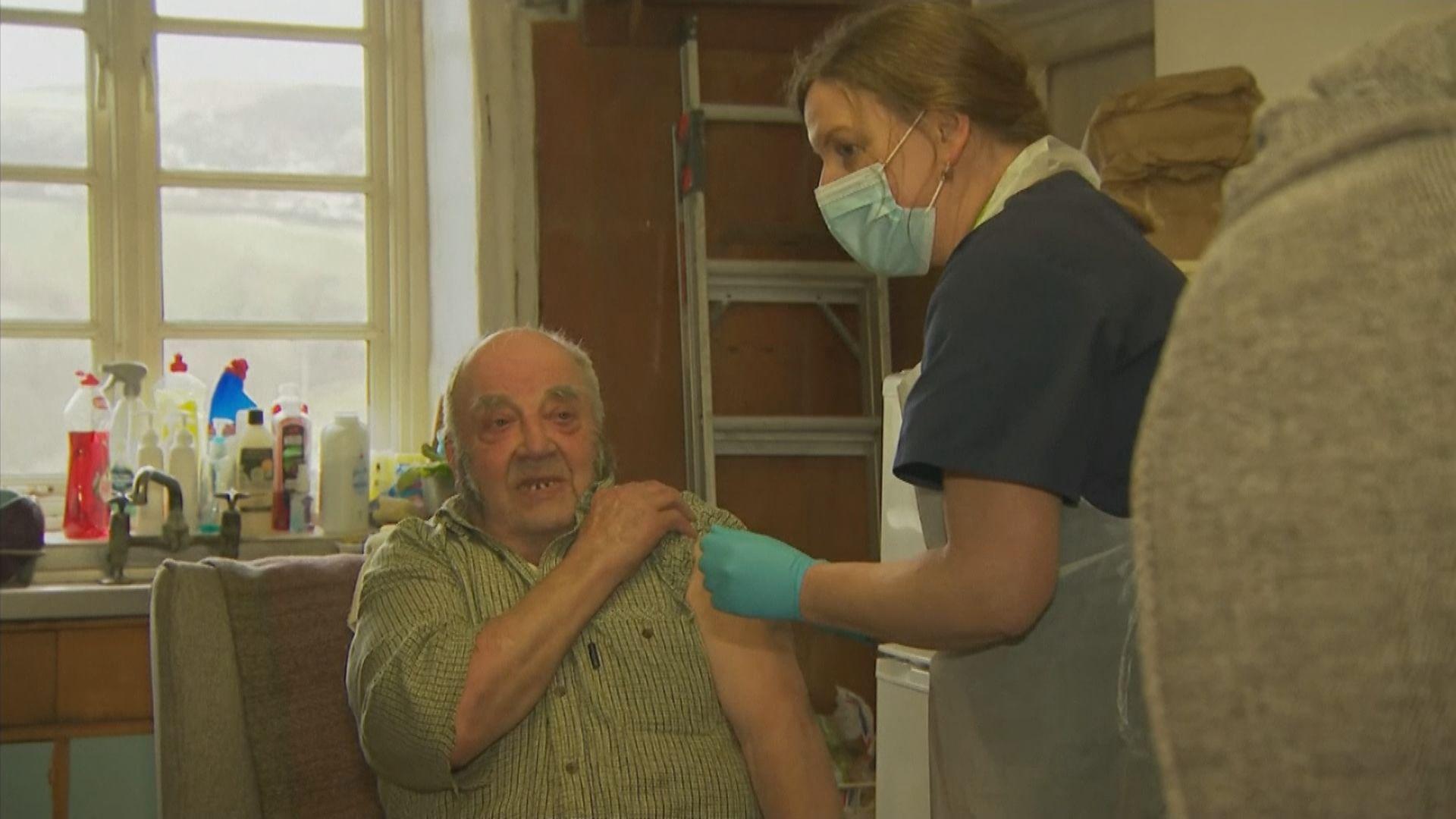 英國或安排民眾每年接種新冠疫苗