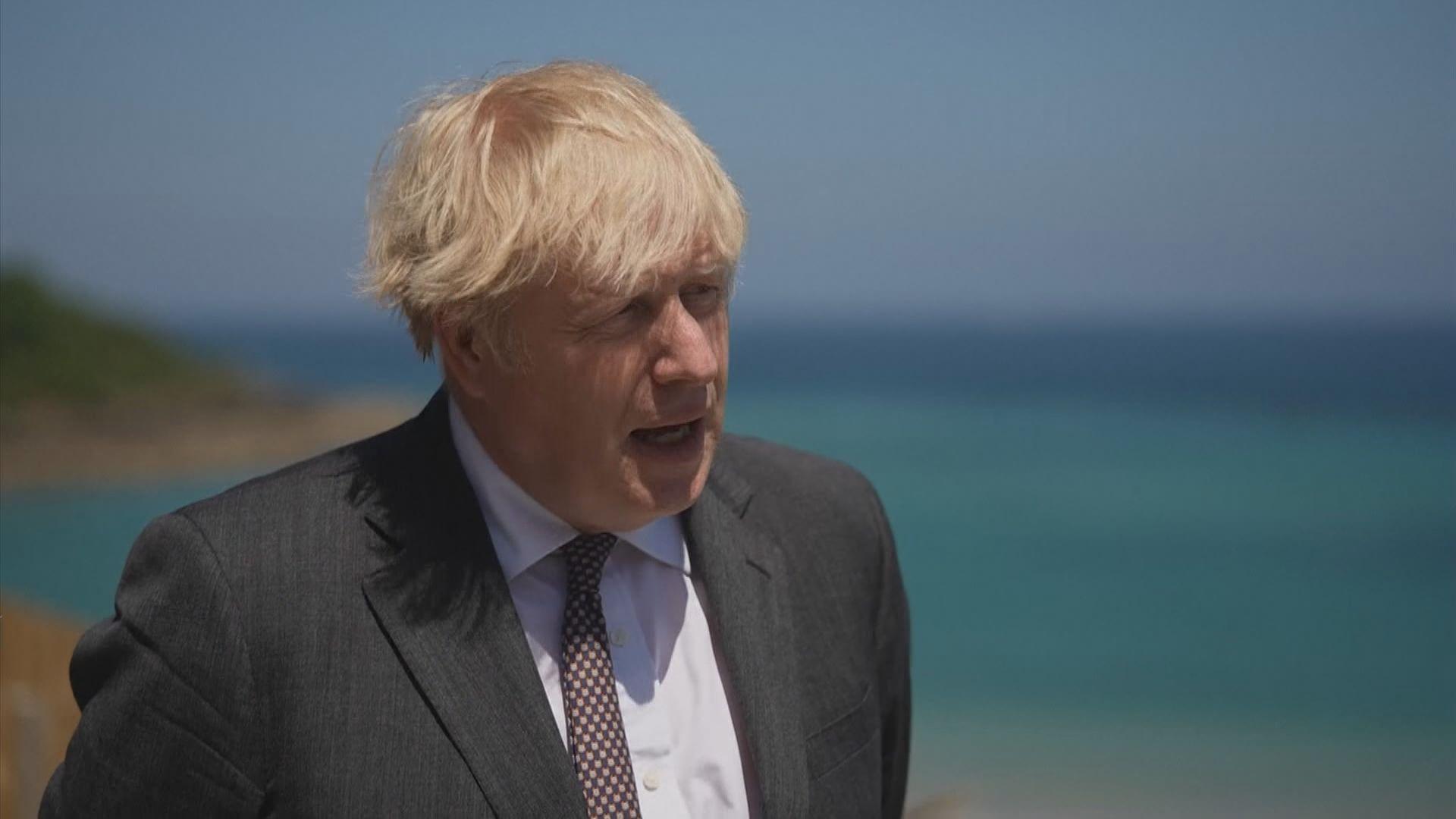 英國首相約翰遜暗示或無法如期作最後階段解封
