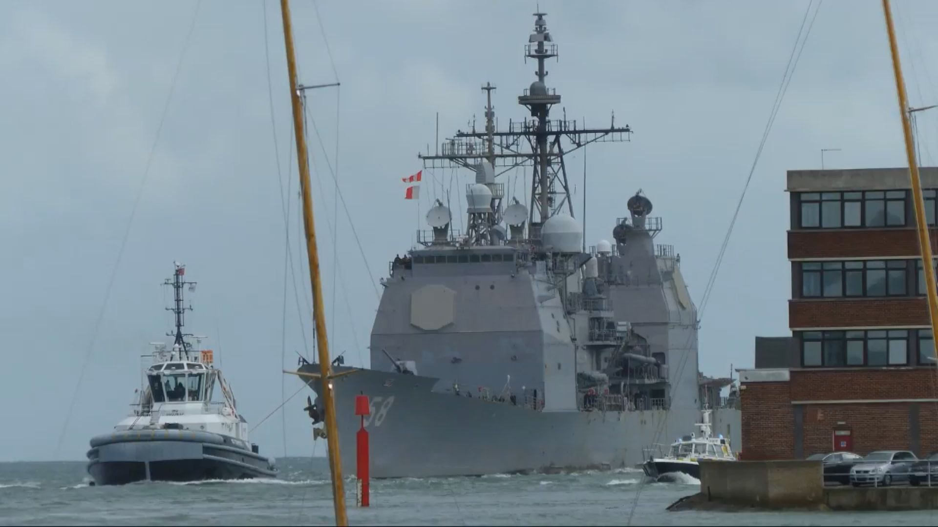 美軍兩軍艦爆發新冠病毒疫情 逾十人確診