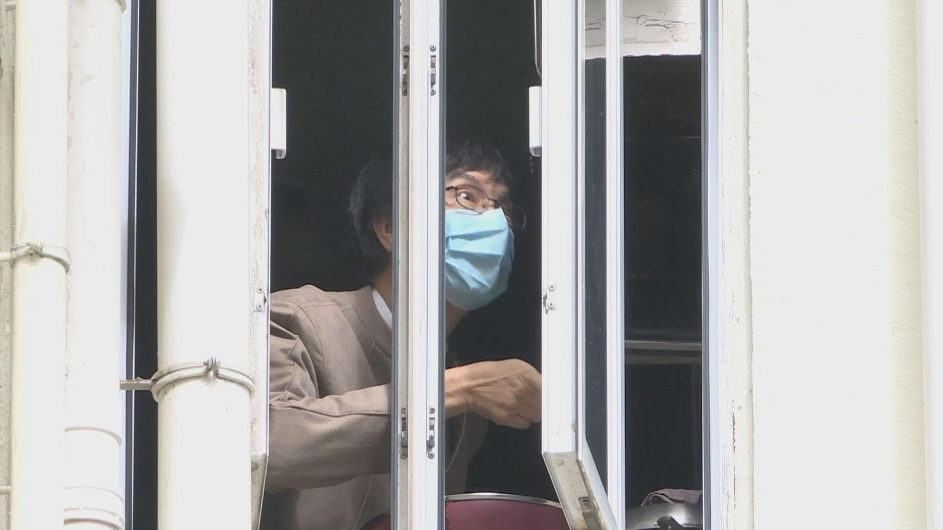 袁國勇:禁足令配套未必準備好 應即時做檢測
