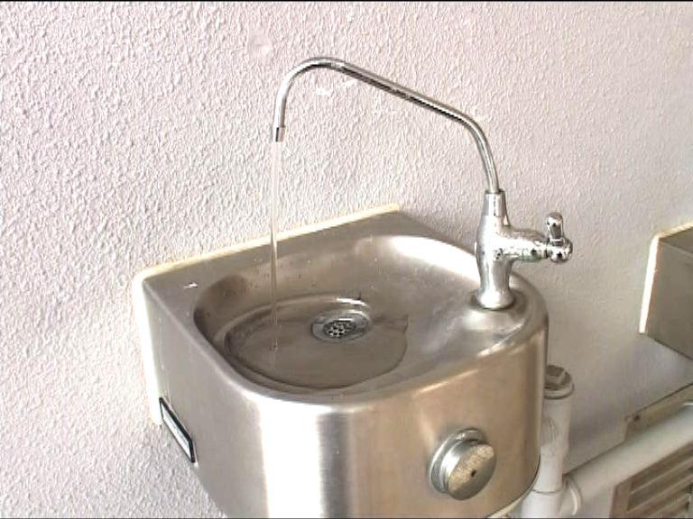 深水埗聖多馬小學食水含鉛超標