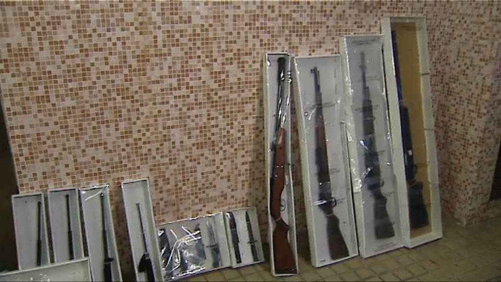 警方大圍檢氣槍及武器拘一男子