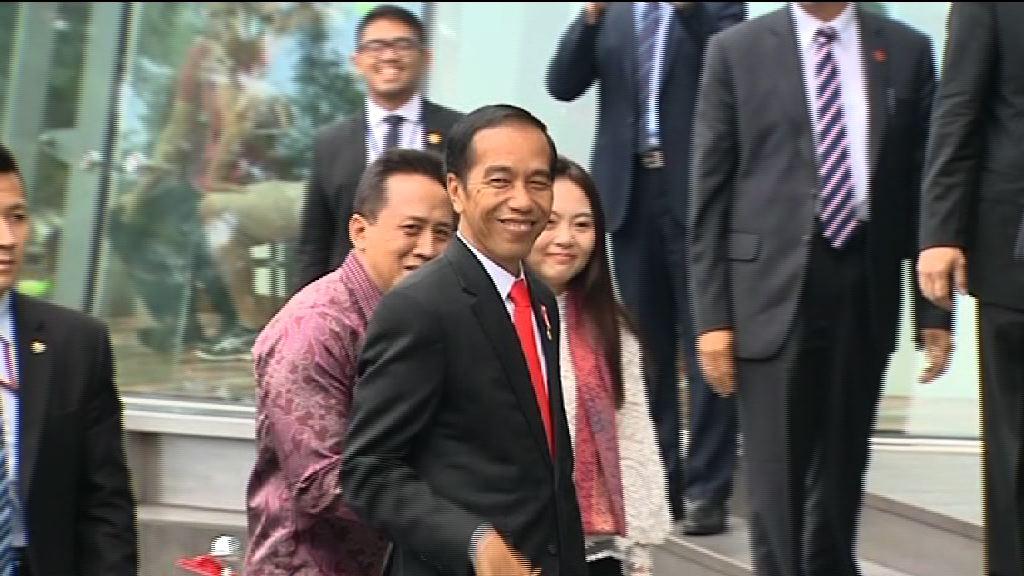印尼總統佐科維多多到山頂參觀