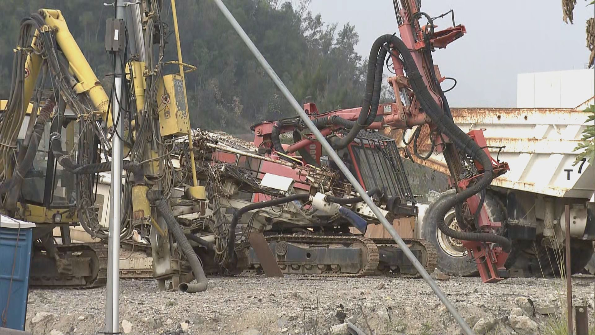 將軍澳工人疑被碎石機運輸帶夾死