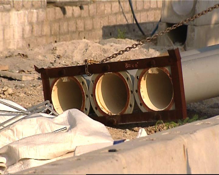 工人被吊運中的水管擊中死亡