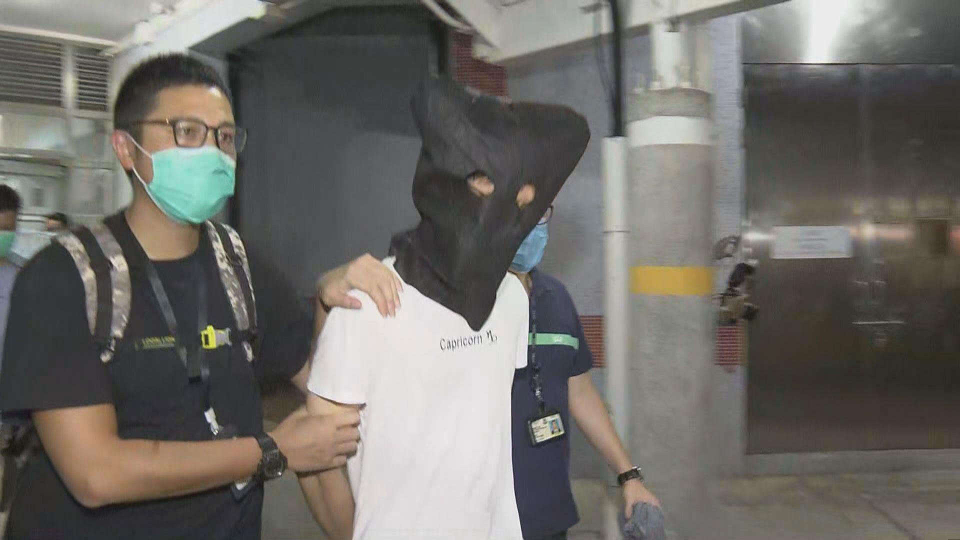 周三銅鑼灣刺傷警員案 警押疑犯返住所調查