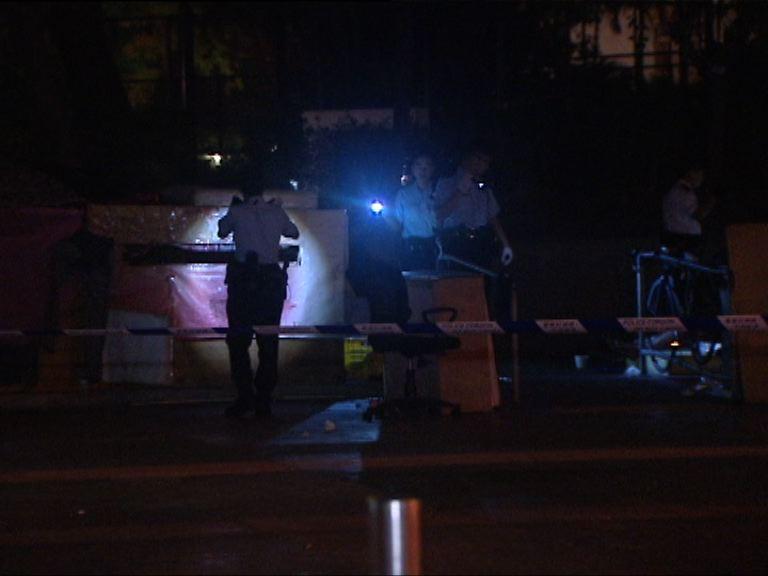 男子深水埗街頭遇襲警追緝三人