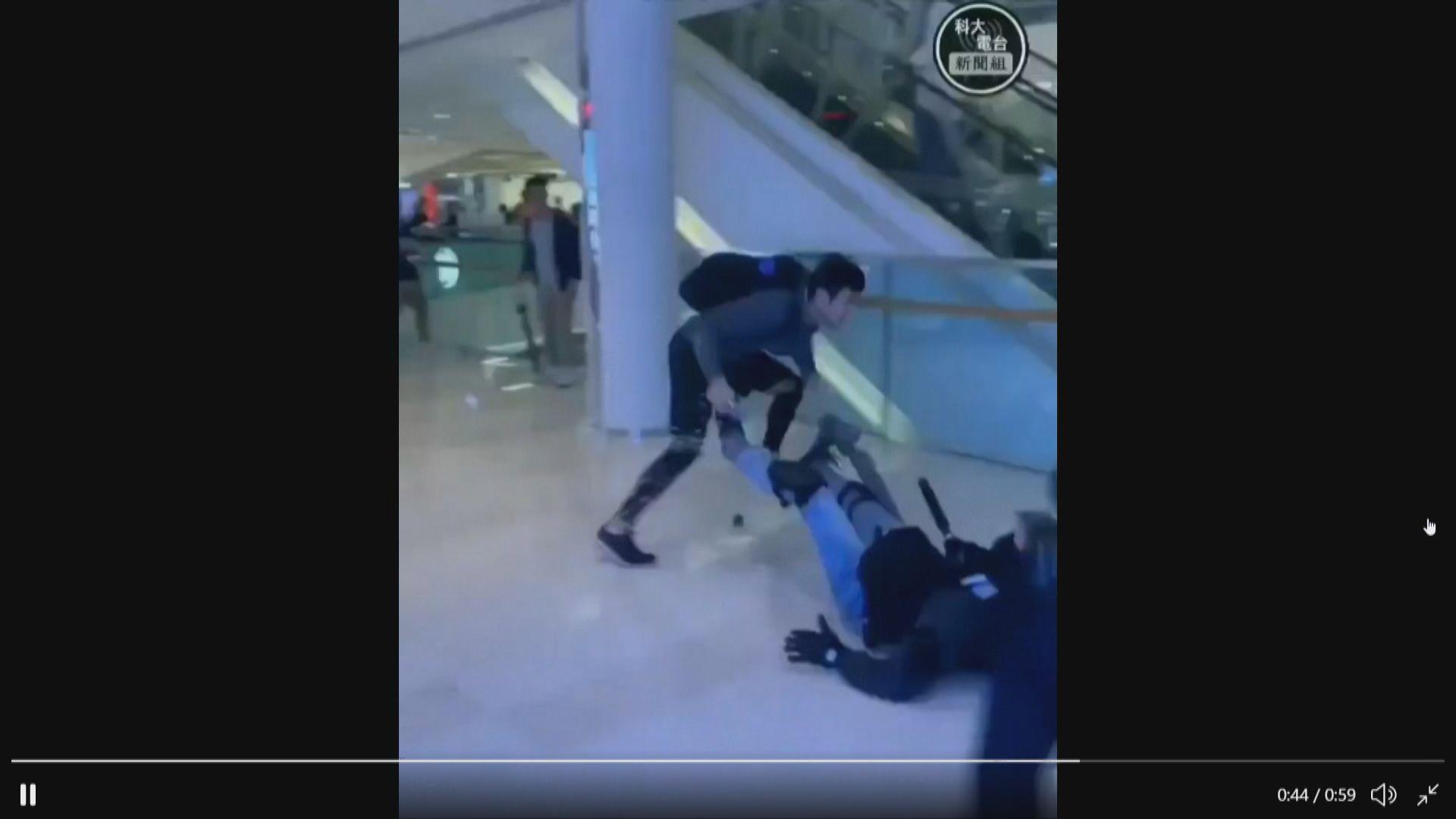 元朗形點商場男子逃避警員追捕高處墮下