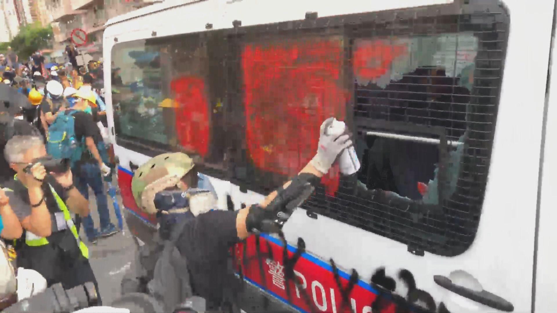 建制派聯署譴責元朗示威者使用暴力 何君堯謝偉俊及田北辰未有參與