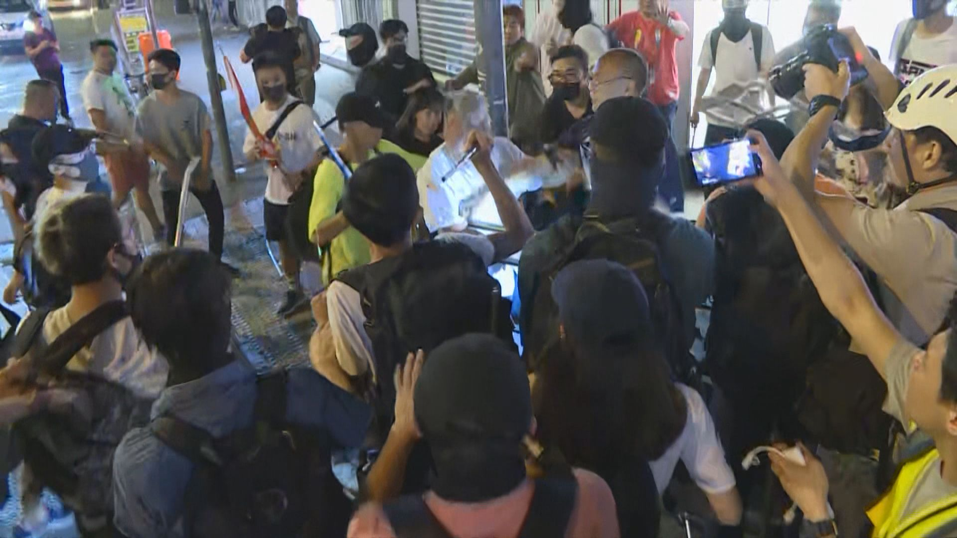 午夜後元朗發生多宗打鬥 警察區內多處巡邏