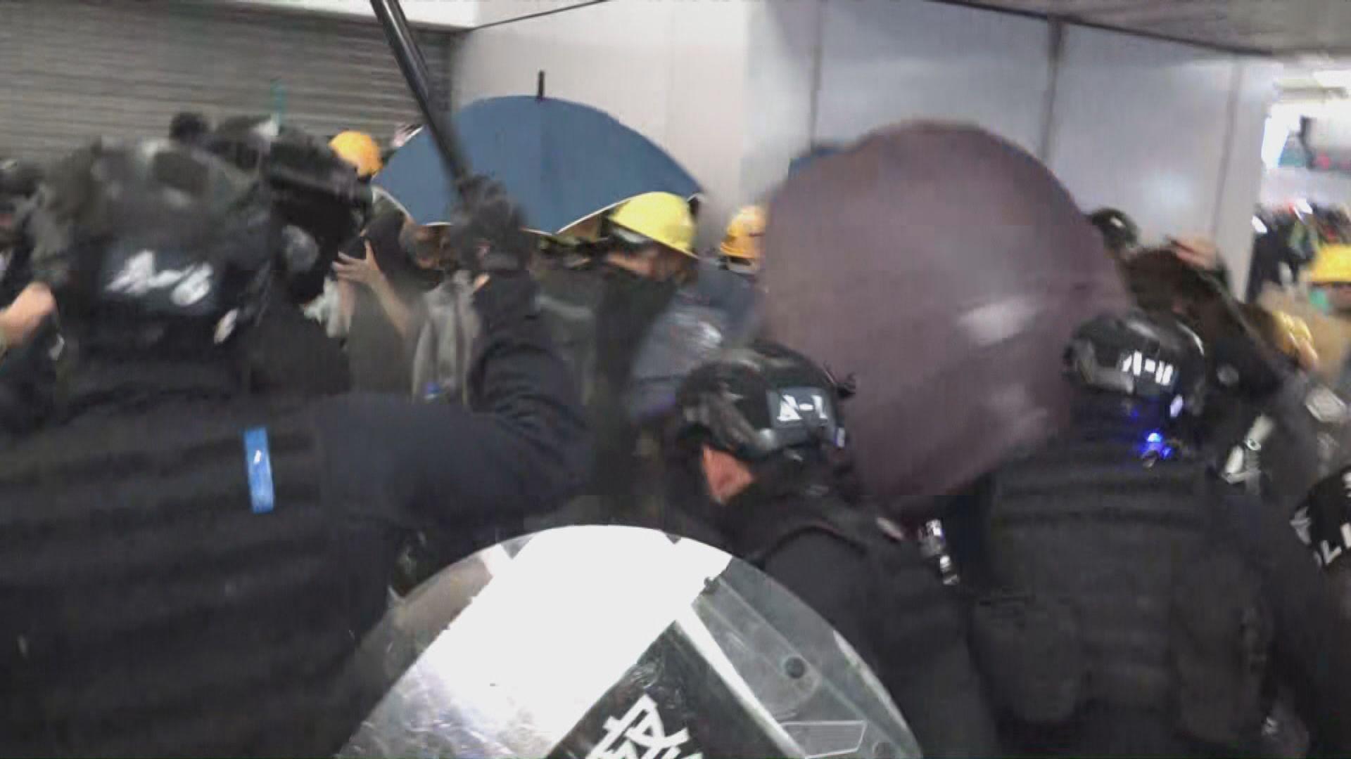元朗清場行動至少4名警員受傷